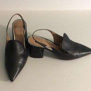 Pointy-toed block heel slingbacks